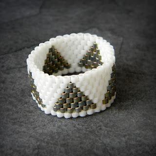 купить кольцо из бисера украшения из бисера минимализм