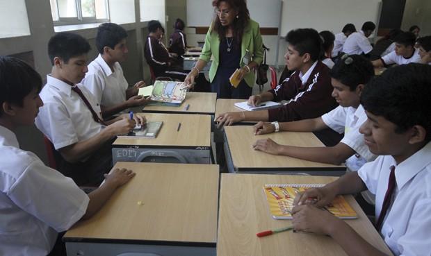 M s de 150 mil profesores concursar n por 98 mil plazas for Plazas disponibles concurso docente 2016