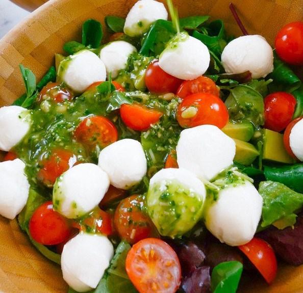 Caprese Salad with Pesto Dressing