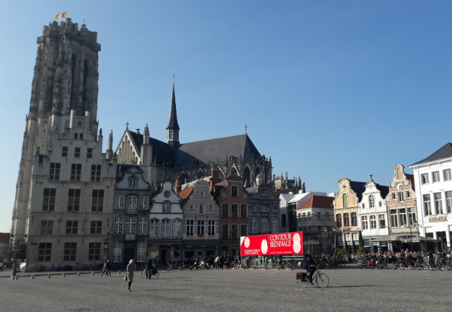 Creative travel guide: Mechelen, Belgium | Happy in Red