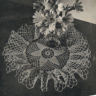 Small Star Doily Crochet Pattern, ruffled border