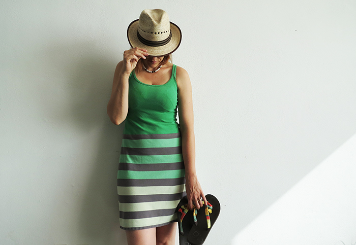 How to make a summer dress with t-shirts