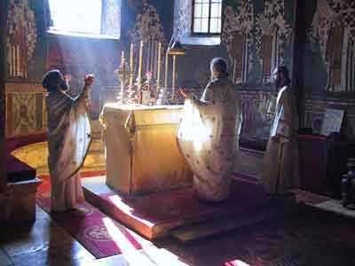 Risultati immagini per ordinazione sacerdotale ortodossa  foto