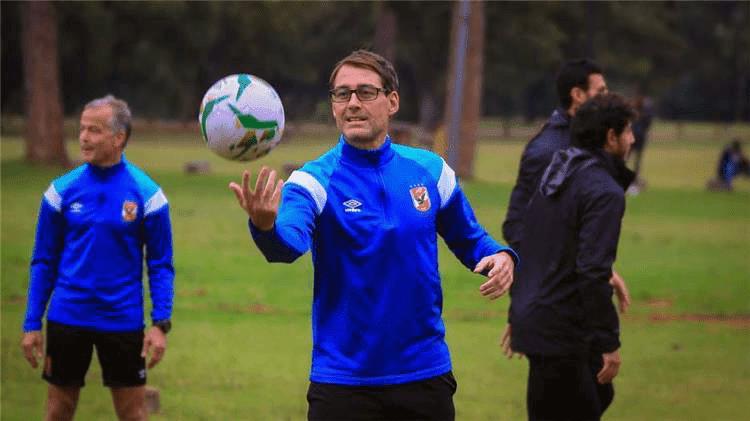 خاص.. فايلر يطلب رحيل لاعب جديد من الأهلي لضم بديل أجنبي