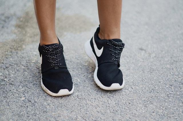 Jak kupić buty sportowe na przecenie?
