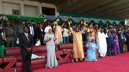 See How a Nigerian Governor Rolled on the Floor and Begged for Forgiveness (Photos)