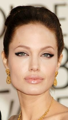 Angelina-Jolie-Green-Eyes