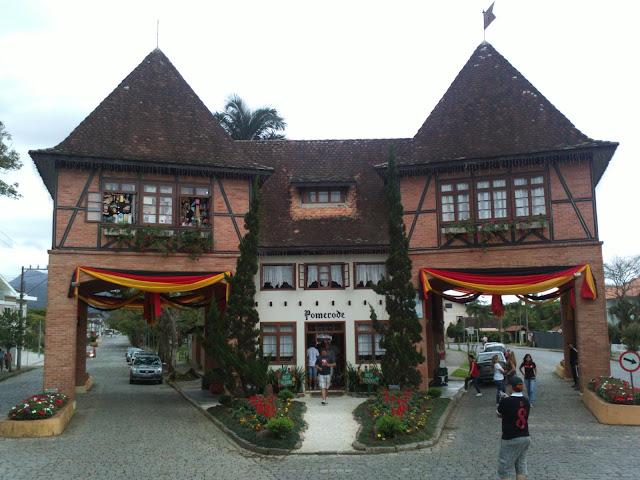 Portão da cidade de Pomerode.