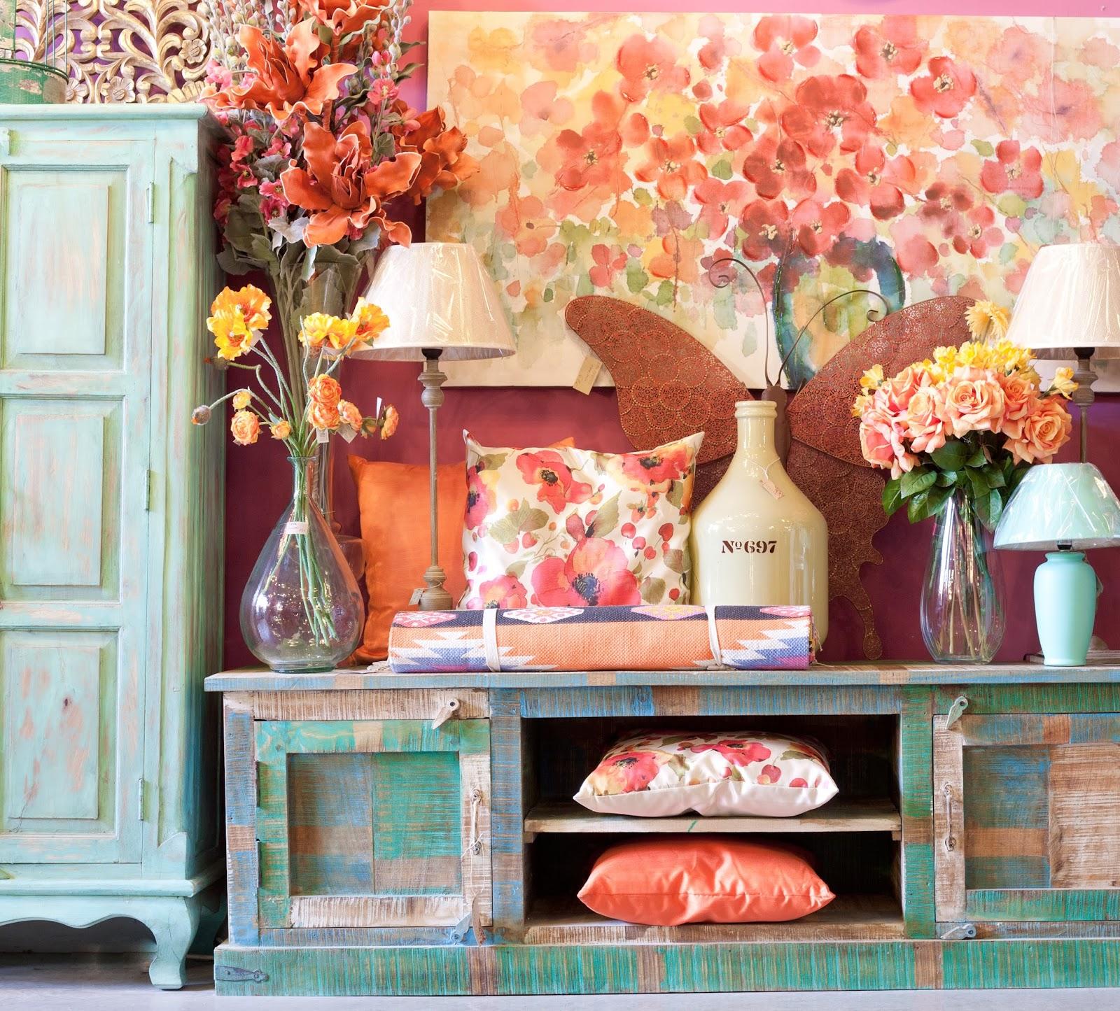 Katatori interiores a todo color for Muebles poligono el manchon