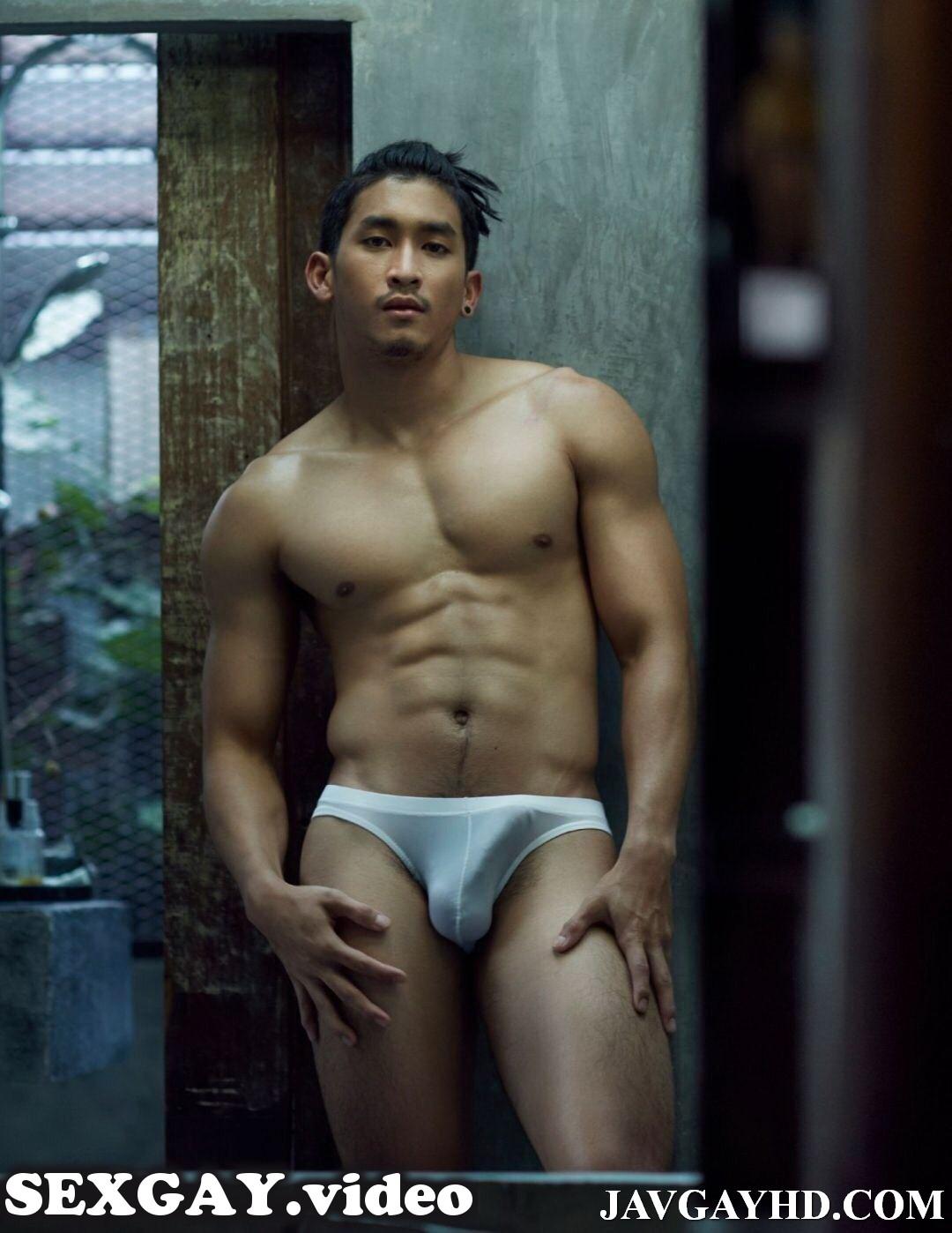 【股間の】男のもっこりが好きなゲイ22【主張】 YouTube動画>11本 ->画像>465枚