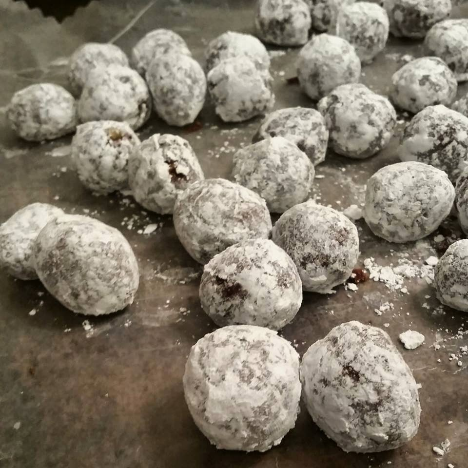 Boozy Ball Cookie Recipe What S Cookin Italian Style
