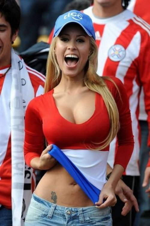 New sexy cheerleader against Paraguay