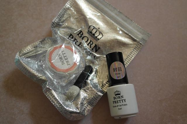 http://www.neejolie.fr/2pcskit-poudres-ongles-pour-manucure-miroir-nail-pigment-chrom-coat-p-31126.html