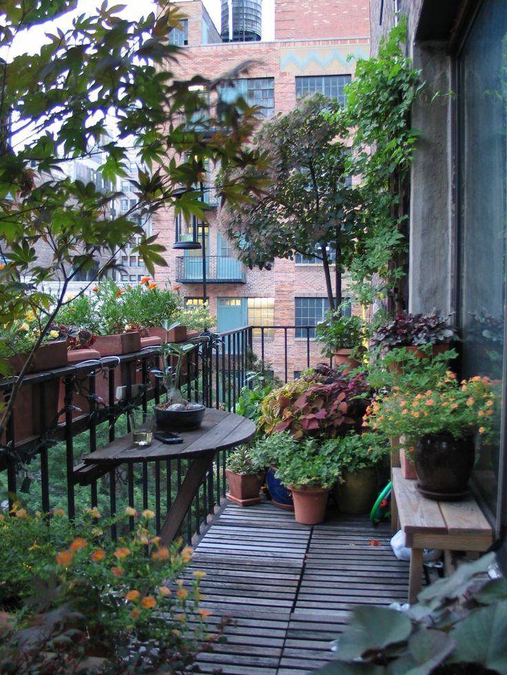 Di maria viceconti su pinterest. Archilaura Home Design 9 Idee Per Piccoli Spazi Esterni 9 Ideas For Little Outdoors