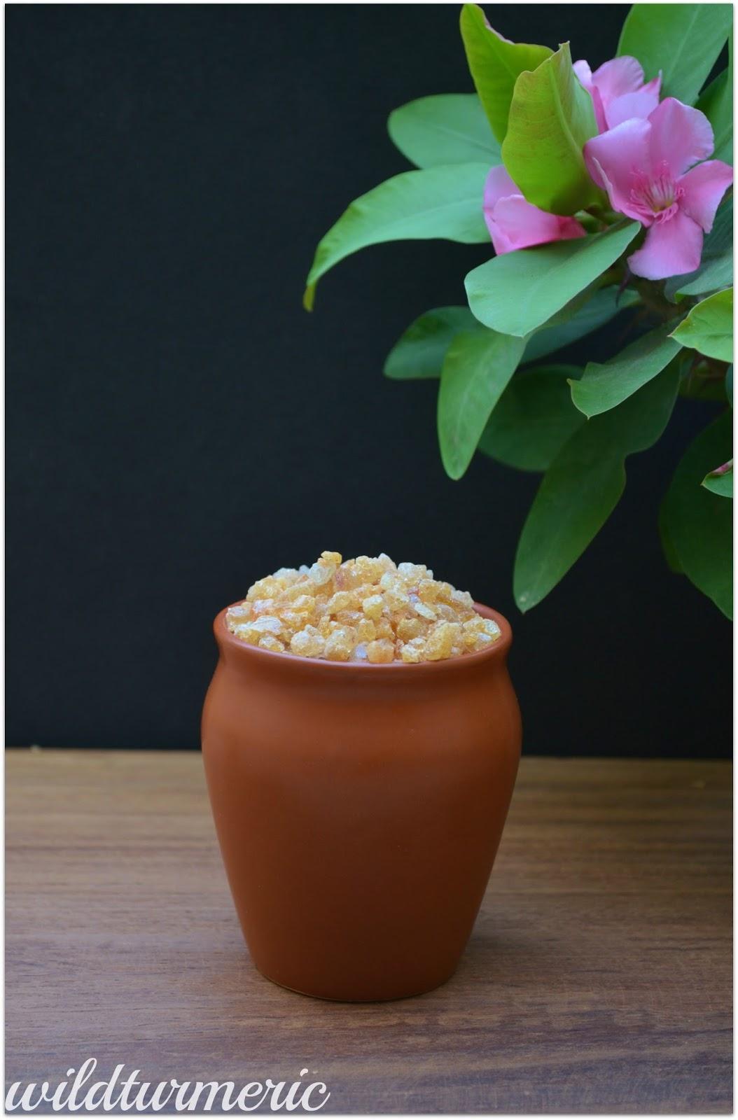 5 Top Health Benefits, Nutrition & Uses Of Edible Gum | Gondh Gum (Gond Laddu | Dink Laddu)