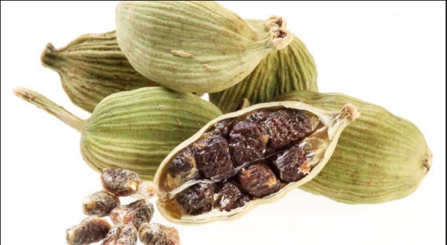 Drink 1 cup of cardamom while sleeping at night and then be surprised at what happens.