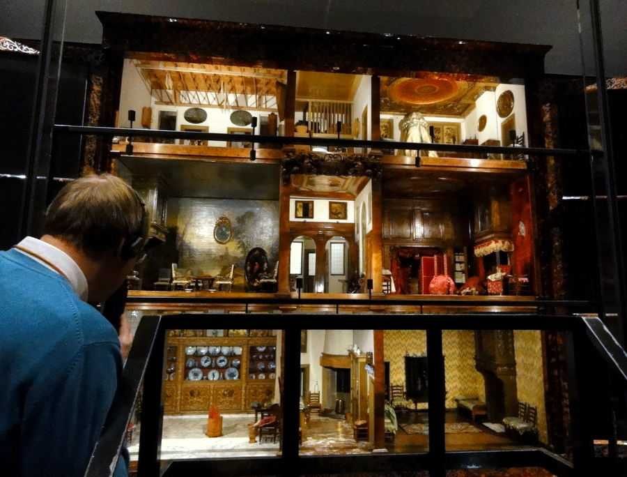 Amazing 17th Century Doll Houses at the Rijksmuseum in Amsterdam