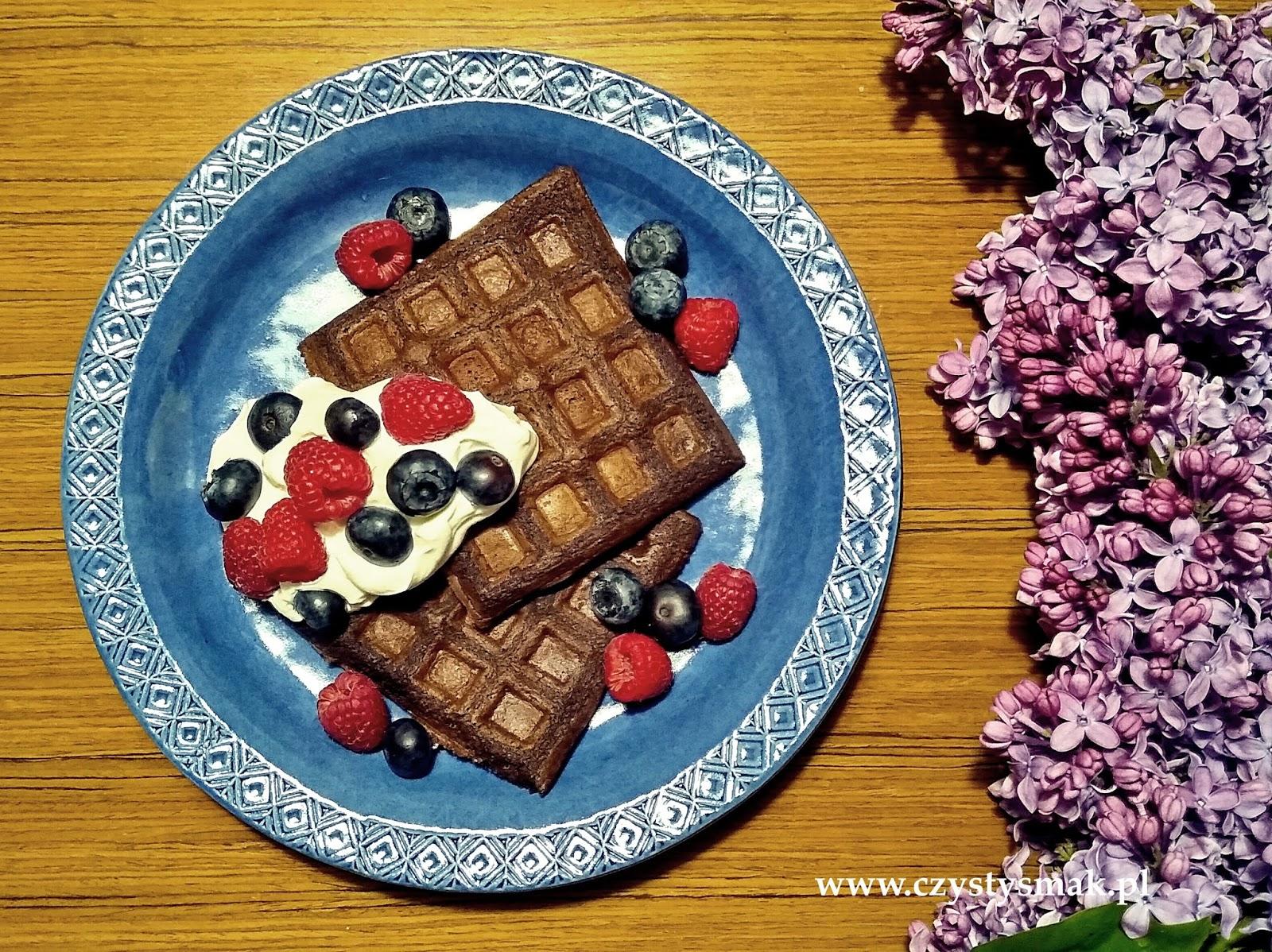 Bezglutenowe, migdałowo-kakaowe gofry