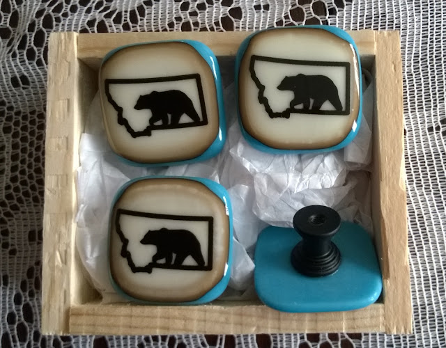 grizzly glass knobs