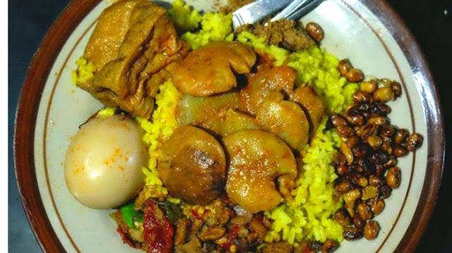 Viral Nasi Kuning 3000 per Porsi, Fakta Ini Bikin Anda Tercengang