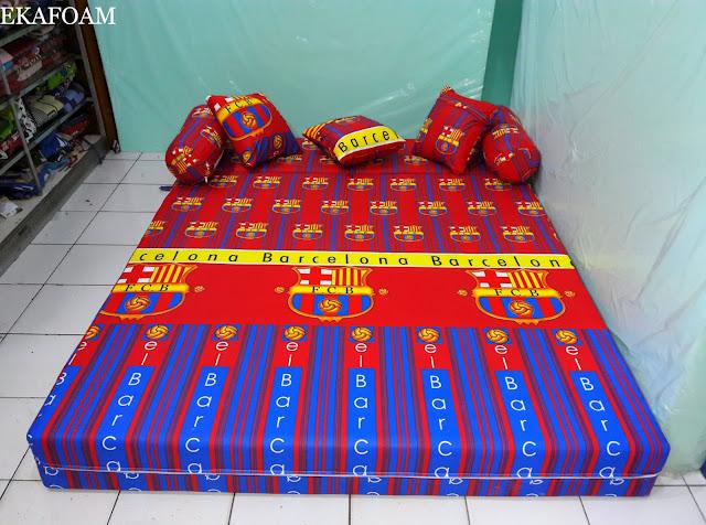 Sofa bed inoac motif bola barcelona