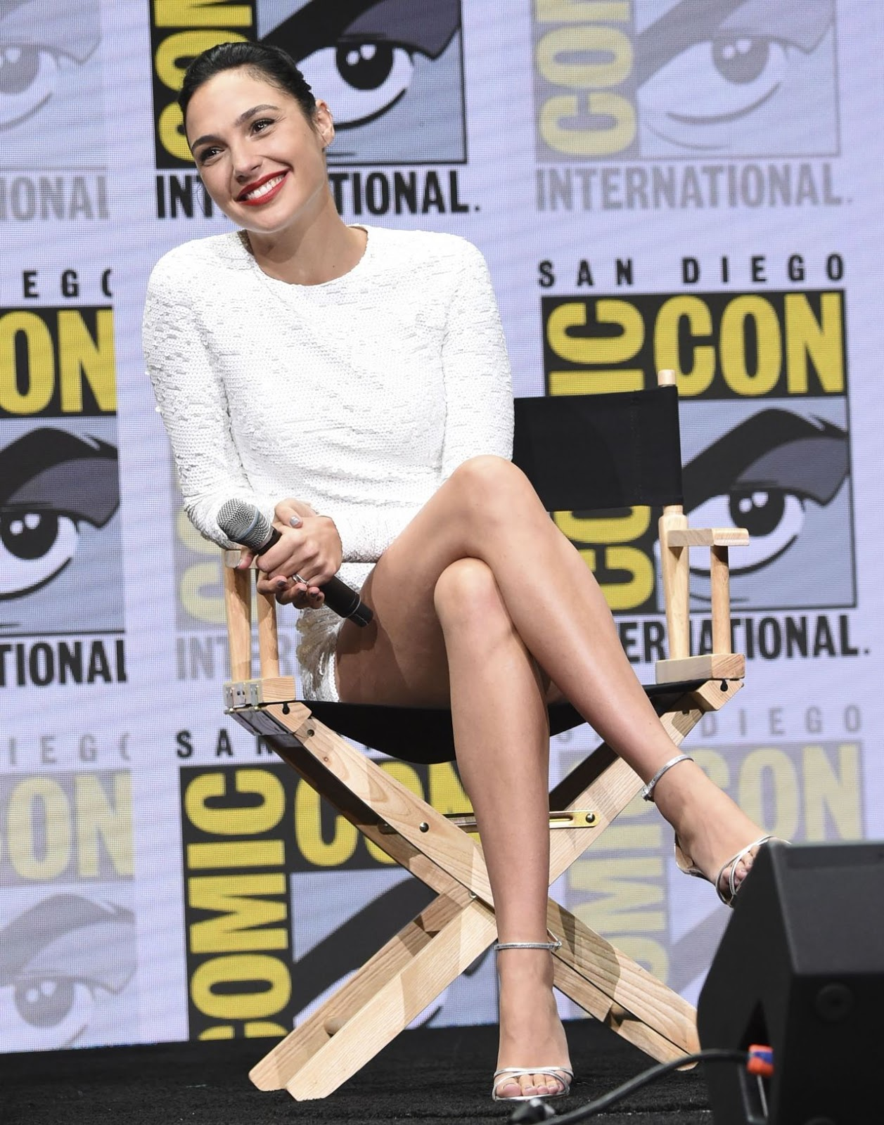 Gal Gadot – Warner Bros. Pictures Panel at Comic-Con in San Diego