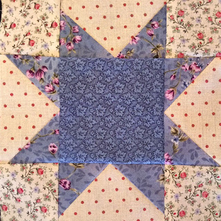 sawtooth star: QuiltBee