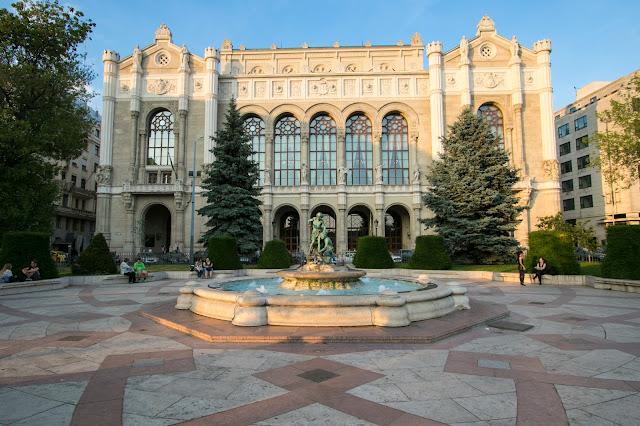 Palazzo Vigadò-Budapest
