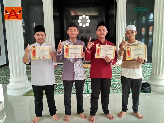 Peserta ekskul ruqyah, Heru Nurkhairi, P.QHi (16), M. Zildan Abdul Aziz, P.QHi (16), Pahmi Nurdiansyah, P.QHi (16), Cecep Maulana, P.QHi (16)