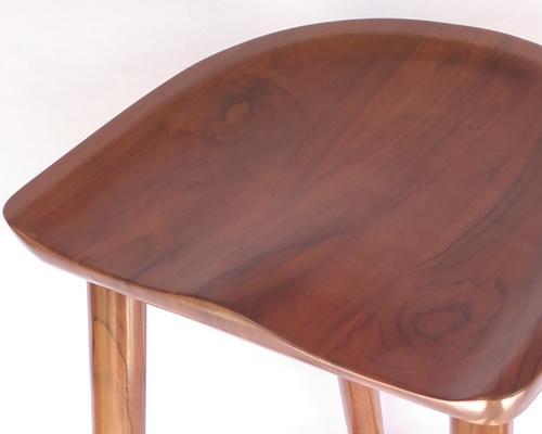 www.Tinuku.com Deplyrooms Studio showcased sculptured ergonomic design solid teak wood stool