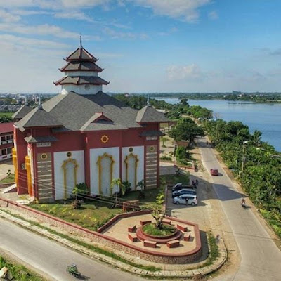 Masjid Muhammad Cheng Hoo Tanjung Bunga Kota Makassar Photo by @om_gendu