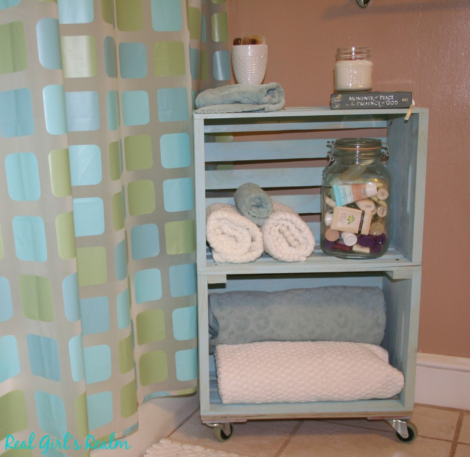 Real Girl\'s Realm: Budget Friendly Bathroom Organization Ideas
