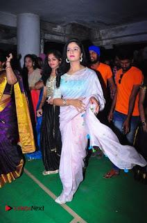 Sreemukhi Launches Manvis Saloon  0026.jpg