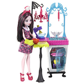 MH Monster Family Draculaura Doll