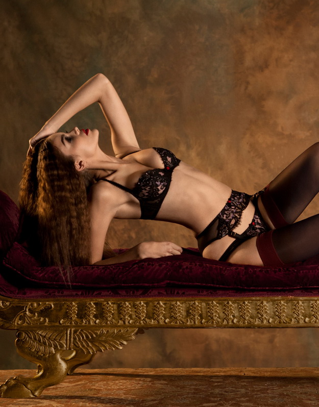 AGENT PROVOCATEUR FALL WINTER 2012  f9df825aa