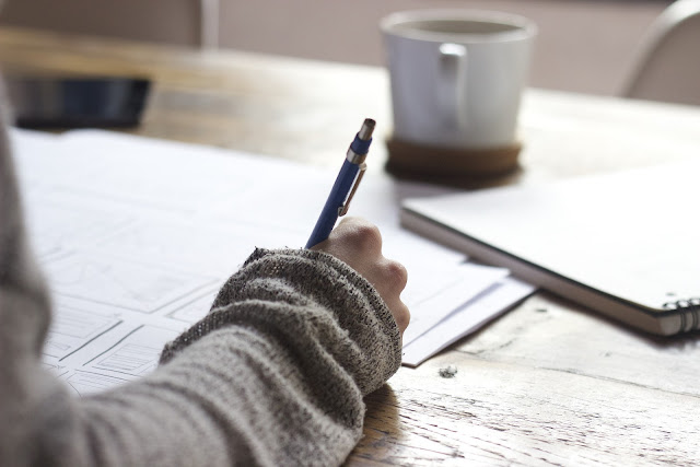 Écrire-journal-intime-sentiments-libérateur