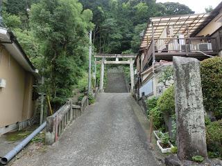 真鶴・児子神社