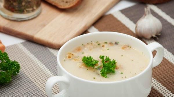 supa cu usturoi este este un excelent aliment-remediu