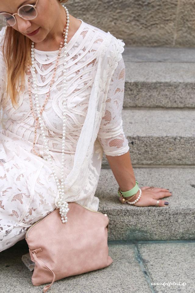 die edelfabrik, outfit, wie trage ich ein langes Spitzenkleid von H&M