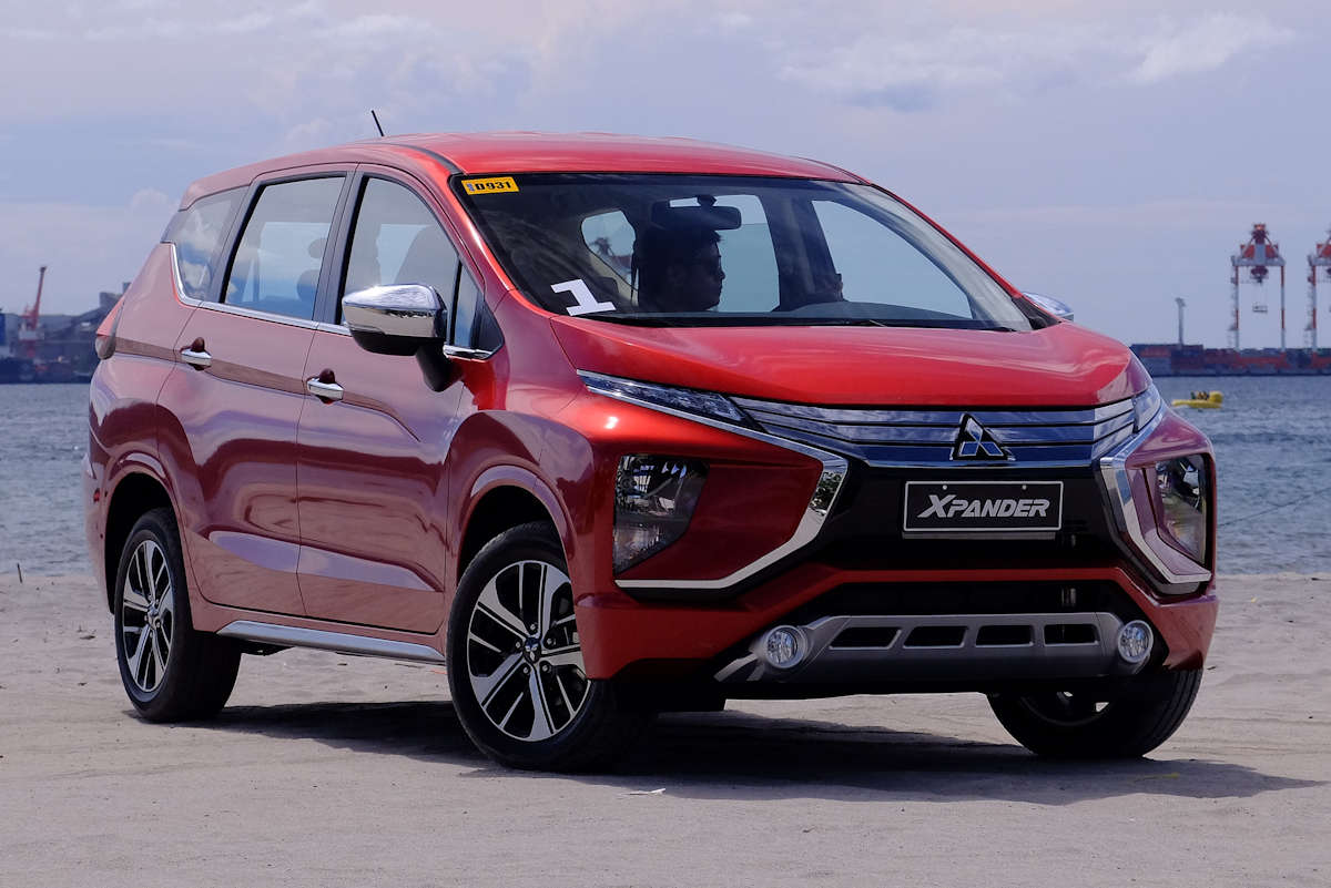 Mitsubishi Xpander Vs Grand New Veloz All 2018 Camry Release Date First Drive Gls A T Philippine Car News Approximately Six Months Ago Introduced The Generation Mpv That Blends Best Attributes Of Traditional People Carrier With