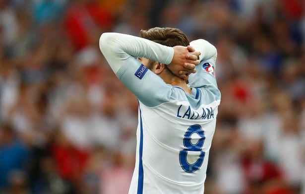 Inggris 1-1 Rusia : Mimpi Buruk Itu Belum Juga Enyah