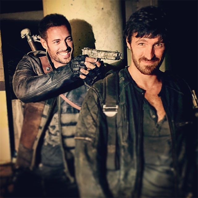 William Levy şi Eoin Macken pe platourile de filmare pentru Resident Evil: The Final Chapter