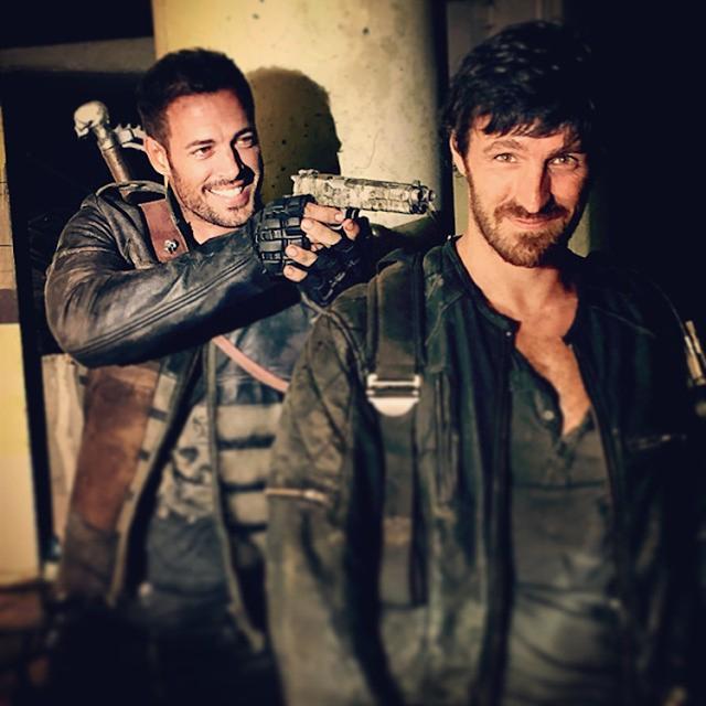 William Levy şi Eoin Macken pe platourile de filmare pentru Resident Evil: The Final Chapter