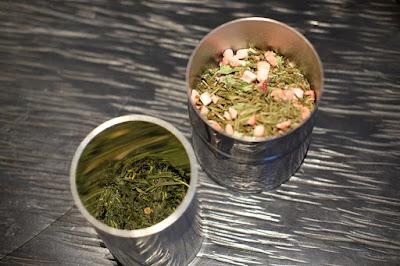 東京の日本茶専門店 櫻井焙茶研究所 茶筒