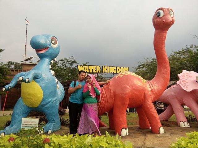 WATER KINGDOM MEKARSARI, dan Wahana yang Bikin Dag Dig dug