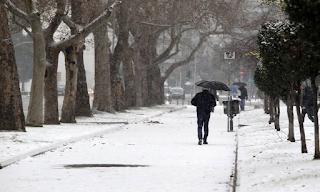 Καιρός – Έκτακτο δελτίο ΕΜΥ: Πλησιάζει ισχυρή κακοκαιρία με καταιγίδες και πυκνές χιονοπτώσεις