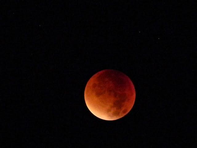 krwawy Księżyc, astronomia, fotografia nieba
