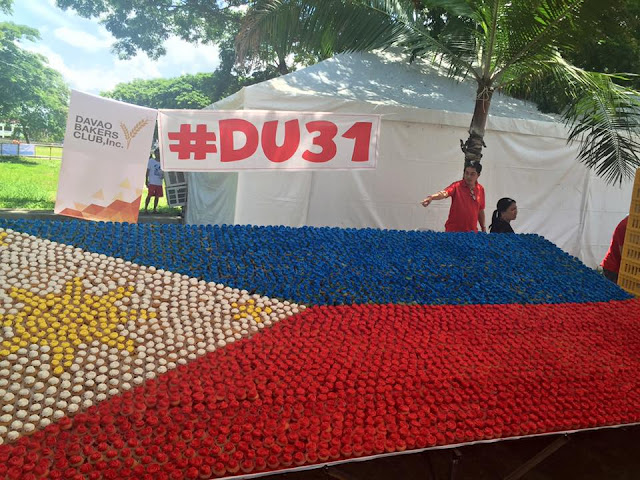 LOOK: Thousands of cupcakes for Duterte Thanksgiving party