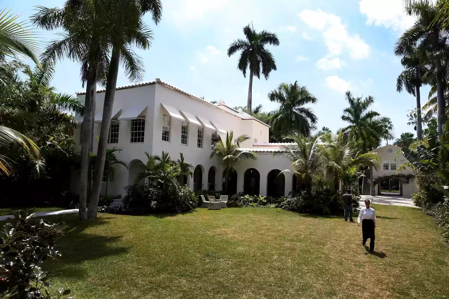 Arsitektur Kebangkitan Kolonial Dan Rumah Neokolonial