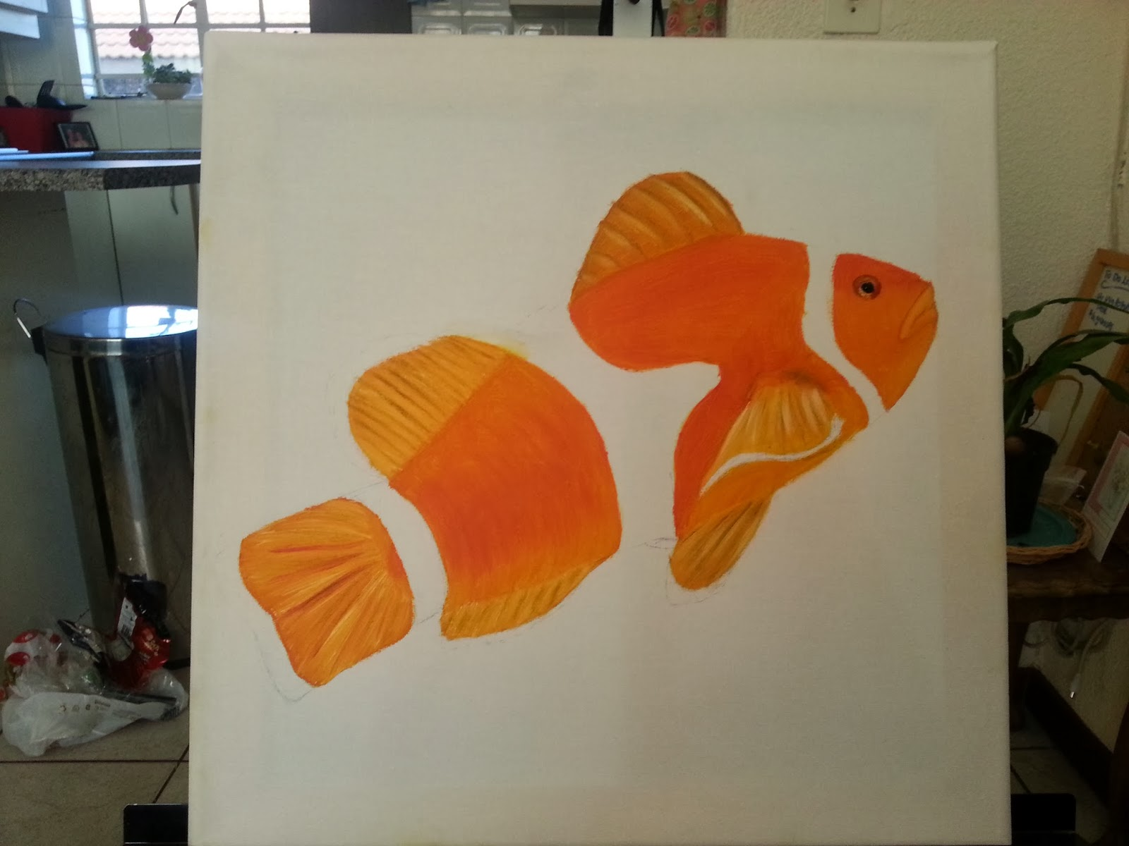 How to paint a clown fish 3
